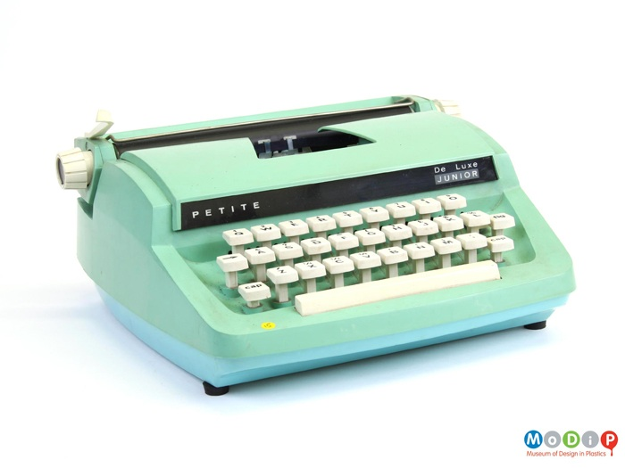 De Luxe Junior Typewriter